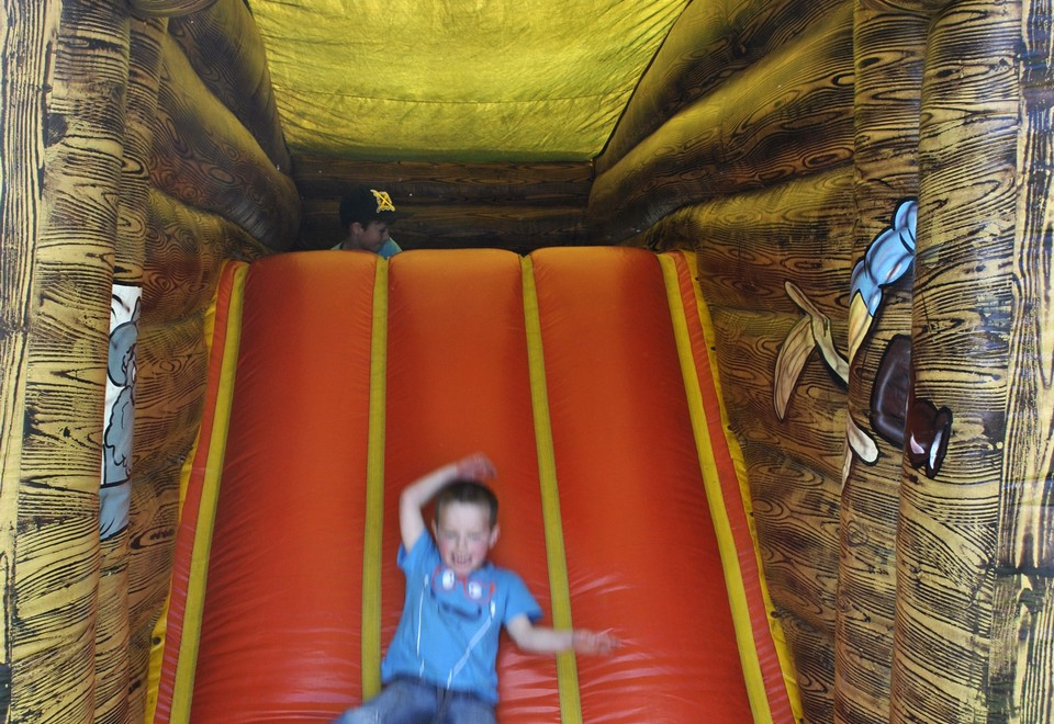Cactus Kabin Jumping Castle for Hire - Carnival Rides Sydney