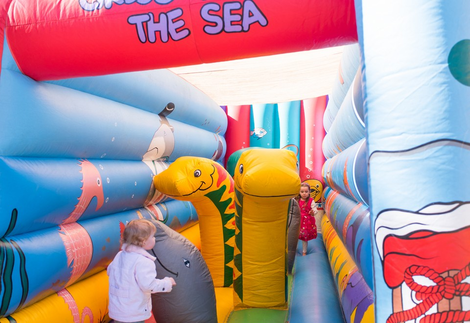 Circus Under the Sea Inflatable Obstacle Course - Carnival Rides Sydney