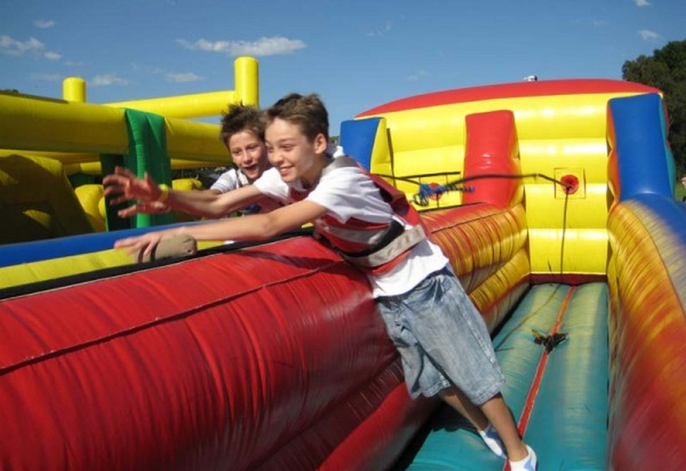 Horizontal Bungee Amusement Ride for Hire Sydney - Amusement Rides Sydney