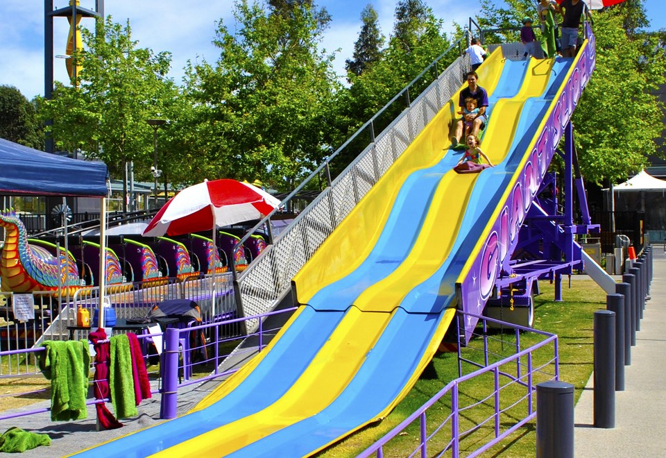 Giant Slide Amusement Ride for Hire - Amusement Rides Hire